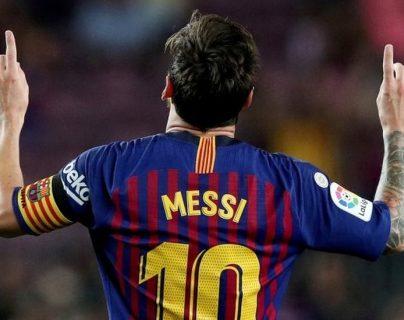 Los goles de Messi en el Barcelona fueron cientos y casi siempre los festejaba apuntando al cielo.