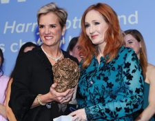Kerry Kennedy le entregó el premio a JK Rowling en diciembre del año pasado.
