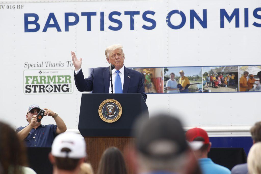 """""""Van a usar el covid para robar la elección"""": Trump arremete contra los demócratas tras su nominación republicana"""