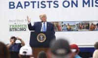 Donald Trump habla este lunes en Carolina del Norte. (Foto Prensa Libre: AFP)