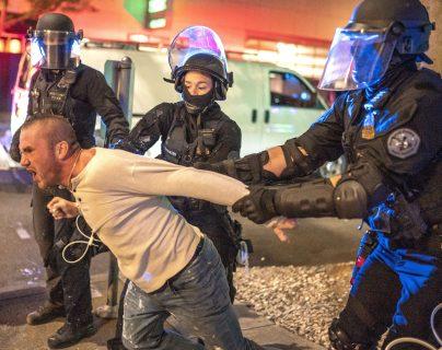 Enfrentamientos en Portland, Estados Unidos en donde hubo un muerto en un incidente armado. (AFP)