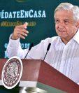 Fotografía cedida por la presidencia de México, del mandatario mexicano, Andrés Manuel López Obrador, durante su participación en una rueda de prensa matutina en Culiacán, Sinaloa, México. (Foto Prensa Libre: EFE)