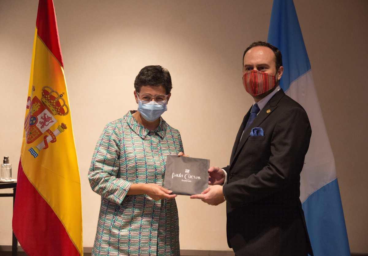 España ofrece apoyo a Guatemala para enfrentar pandemia del coronavirus