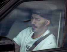 Luis Suarez a la llegada de las instalaciones del FC Barcelona. (Foto Prensa Libre: EFE)
