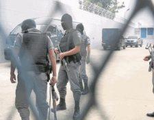 El Sistema Penitenciario traslada a reos como medida de seguridad. (Foto Prensa Libre: Hemeroteca PL)