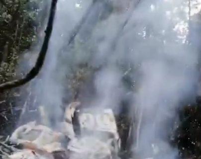El helicóptero TG-PME, pilotado por el militar retirado Juan Francisco Escobar Blas, se accidentó en Chisec, Alta Verapaz. (Foto Prensa Libre:)