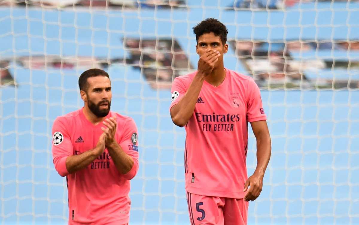 Varane autodestruye al Real Madrid: los dos errores que clasificaron al Manchester City a cuartos de final