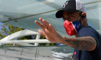 Paris Saint-Germain's Brazilian forward Neymar leaves the team hotel in Lisbon on August 21, 2020, days before the UEFA Champions League final football match between Bayern Munich and Paris Saint-Germain. (Photo by LLUIS GENE / AFP)