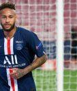 Neymar confirmó que se quedará la siguiente temporada con el PSG. (Foto Prensa Libre: AFP)