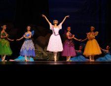 """""""El Sueño de una Noche de Verano"""" del año 2017 fue un montada por los maestros Claudia Yax, Julio Ramírez y Sonia Marcos. (Foto Prensa Libre: cortesía Ballet Nacional de Guatemala)."""