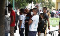 Guatemaltecos han comenzado la reapertura de actividades en medio de la pandemia por el coronavirus. (Foto Prensa Libre: Esbin García)