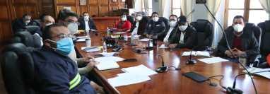En la actualidad el Concejo de Xela se reúne de lunes a viernes de 7 a 8 y de 12 a 14 horas. (Foto Prensa Libre: María Longo)