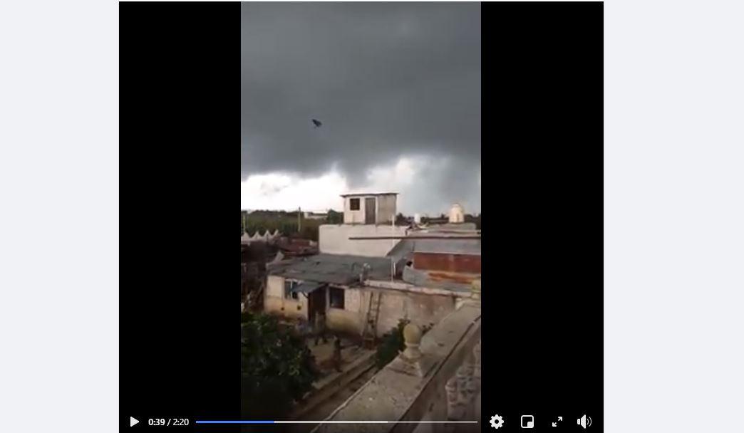 Video: este es el fenómeno natural que arrancó los techos de 13 viviendas en Patzún