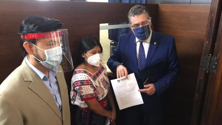 Parlamentarios de 8 bancadas proponen plenarias de martes y jueves sean para la elección de magistrados y se agregue una sesión el miércoles para continuar con la agenda legislativa.  (Foto Prensa Libre: Guatevisión)