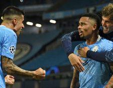Gabriel Jesus celebra el segundo gol del Manchester City. (Foto Prensa Libre: AFP)