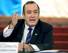 El presidente Alejandro Giammattei reconoció que hay mafias en el Ministerio de Salud que dificultan el accionar de las autoridades. (Foto Prensa Libre: Hemeroteca PL)