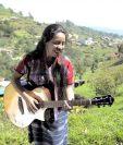 Sara Curruchich lanza una campaña de empoderamiento de las mujeres indígenas mediante la música y el diálogo. (Foto Prensa Libre: Cortesía Sara Curruchich)