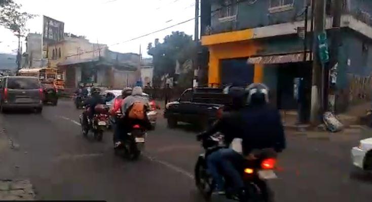 Mixco registra alta carga vehicular. (Foto Prensa Libre: Tomada de Emixtra)