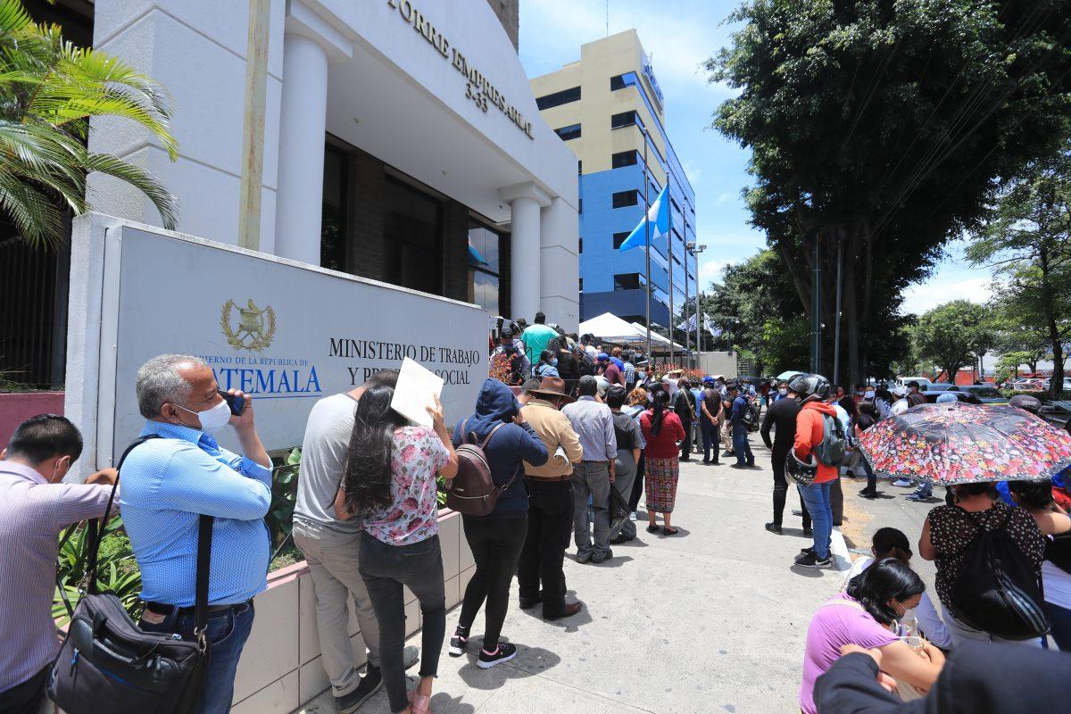 Coronavirus: Trabajadores reclaman pago de indemnización y señalan que sus casos no fueron atendidos