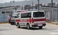 Veh'culos de funerarias llegan al Hospital Temporal del Parque de la Industria a traer muertos por coronavirus.  Fotograf'a. Erick Avila:                       03/08/2020