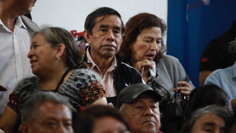 Las personas jubiladas deben presentar constancia de sobrevivencia hasta el 15 de enero a Gobernación Departamental. (Foto Prensa Libre: Hemeroteca)