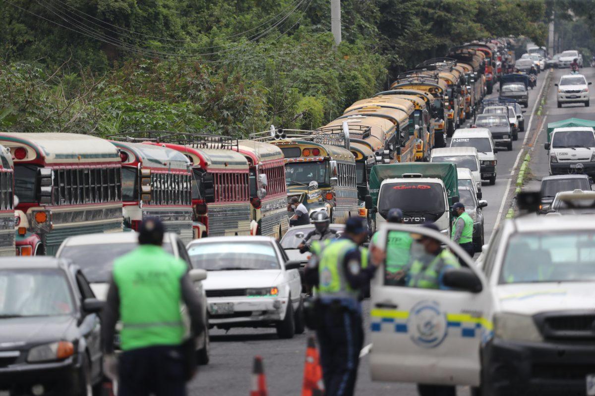 Transporte de rutas cortas comenzaría a funcionar con el doble de la tarifa