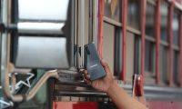 Due–os de buses rojos informan que desde que empez— la pandemia del coronavirus no han recibido llamadas de extorsiones pero temen que al volver a prestar el servicio sena nuevamente extorsionados.  Fotograf'a. Erick Avila:                       25/08/2020