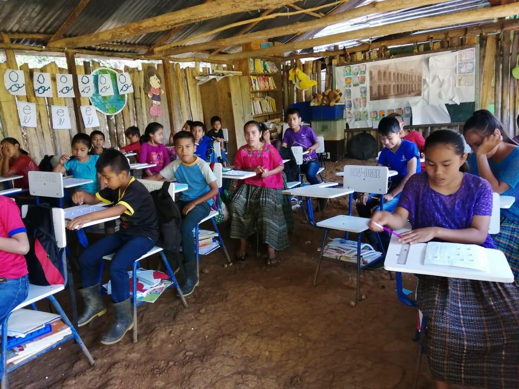 Mineduc otorgará becas a estudiantes rurales de escasos recursos que opten por carreras técnicas y tecnológicas
