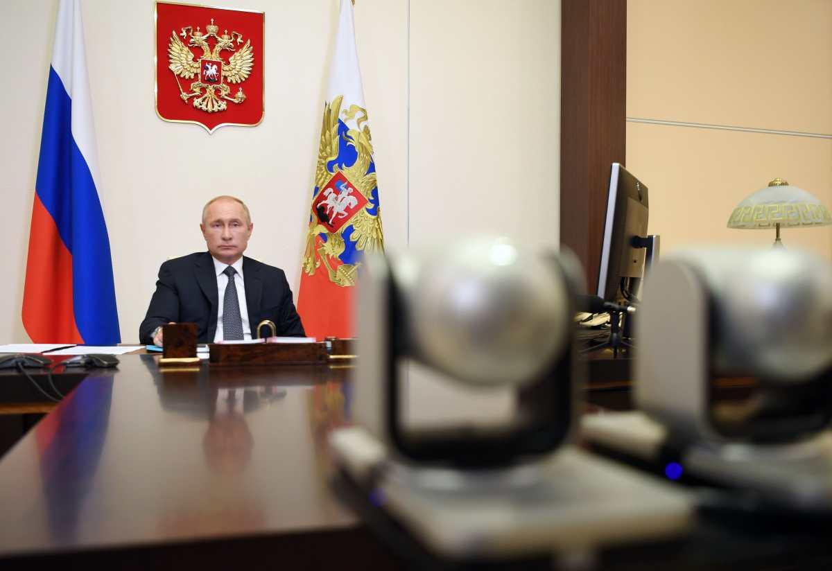 Primera dosis de la vacuna rusa contra el coronavirus fue para la hija del presidente Vladimir Putin