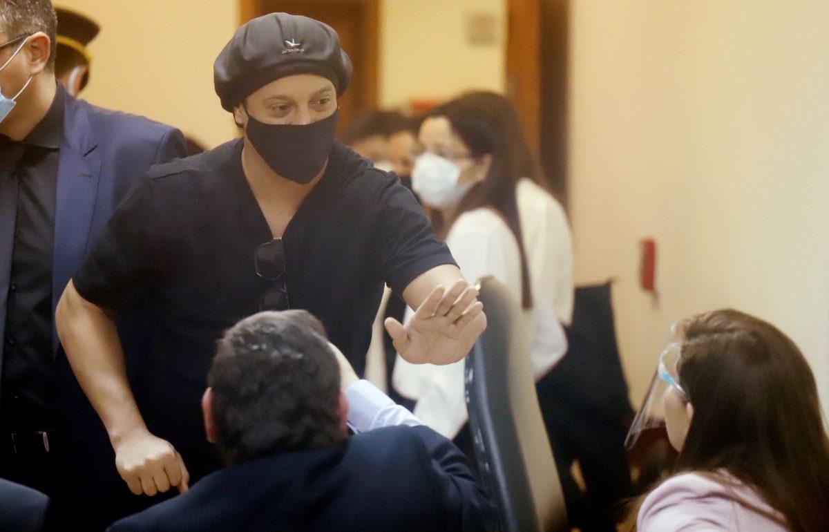 Después de seis meses de prisión, Ronaldinho Gaúcho recupera su libertad en Paraguay