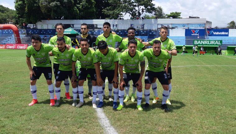 Antigua supera a Santa Lucía en la primera jornada del torneo. (Foto Prensa Libre: Carlos Paredes).