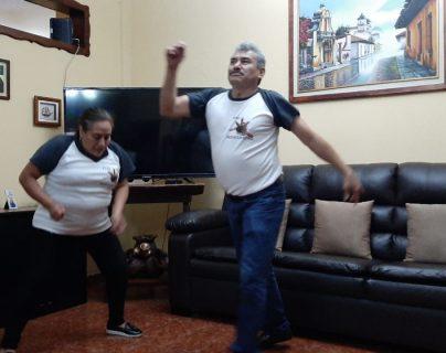 """""""Llevamos 34 años bailando"""": la emotiva historia del """"Lobo Vásquez"""" y su esposa y cómo intentan superar la muerte de su hija"""