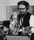 """Ricardo Arjona promociona """"Invierno de cristal"""", tema que forma parte del álbum """"Blanco"""". (Foto Prensa Libre: Cortesía Metamorfosis)"""