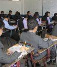 Los estudiantes son evaluados previo a su graduación. (Foto Prensa Libre: Hemeroteca PL)