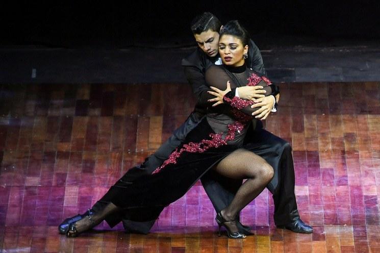 Pareja de colombianos gana inédito Mundial de Tango virtual