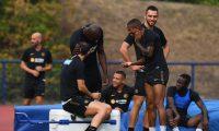 Los jugadores del Inter de Milan lucen motivados para el partido del lunes frente al Shakthar. Foto Inter de Milan.