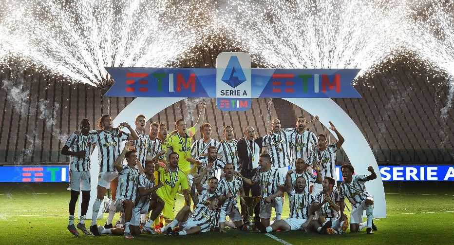 Juventus festeja el título de campeón de la Liga italiana