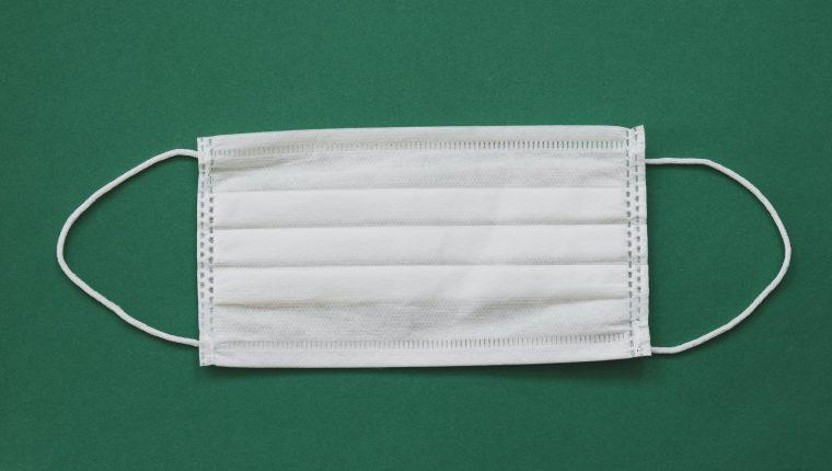El uso de mascarillas reduce significativamente el riesgo de contagio de covid-19. (Foto Prensa Libre: Servicios)