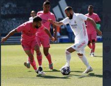 Real Madrid estrenó su uniforme en un partido entre los jugadores del mismo plantel. Foto Real Madrid.
