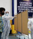 La Municipalidad de Villa Nueva inauguró este lunes 17 de agosto, el primero de 5 cinco Centros de Bienestar Respiratorio que quiere abrir en el municipio para luchar contra el coronavirus.   (Foto Prensa Libre: Noé Medina)