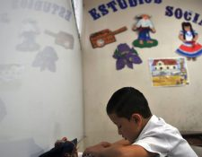 Costa Rica está cerrando escuelas por falta de alumnos.
