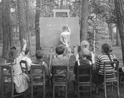 El concepto de escuelas al aire libre empezó en Alemania y Bélgica.