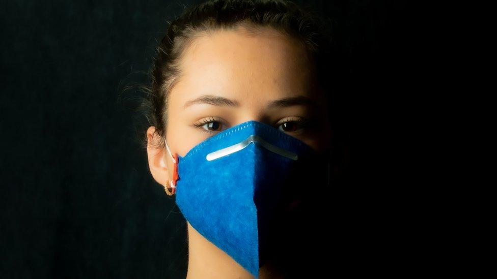 """Coronavirus: 6 efectos de la """"catástrofe generacional"""" en la educación en América Latina provocada por la covid-19 (y 3 planes de emergencia para ayudar a mitigar la crisis)"""
