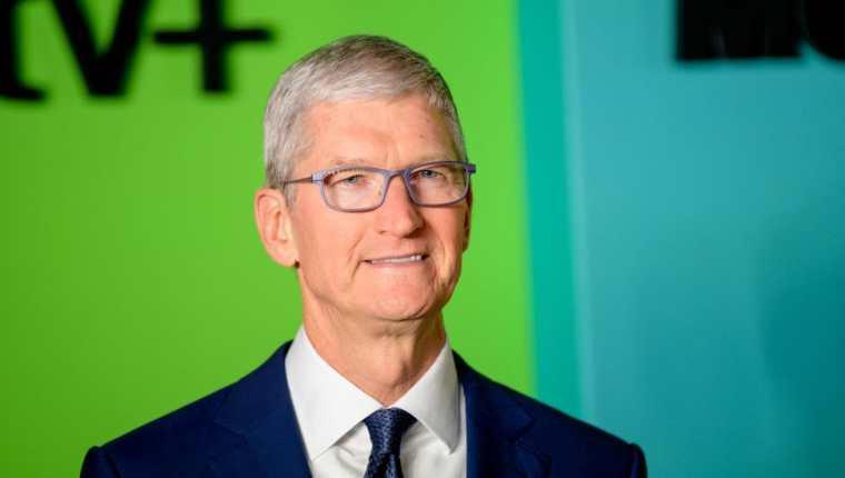 Tim Cook, director ejecutivo de Apple, es conocido por hacer largas pausas antes de responder una pregunta.