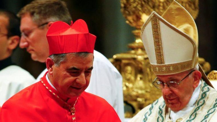 El cardenal Giovanni Angelo Becciu era un consejero cercano al Papa. REUTERS