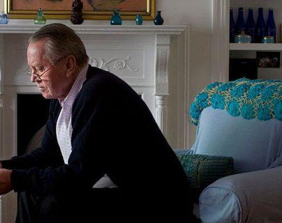 Charles Feeney: el multimillonario que logró la misión de regalar su fortuna de US$8 mil millones en vida y quedarse sin nada