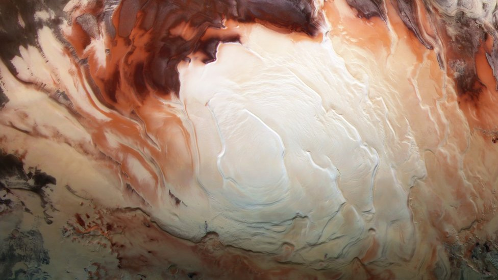 Marte: el descubrimiento de lagos subterráneos en el polo sur del planeta (y qué nos dice esto sobre la posibilidad de que haya vida)