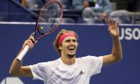 NEW YORK, NEW YORK - SEPTEMBER 11: Alexander Zverev of Germany celebrates winning match point during his Men's Singles semifinal match against Pablo Carreno Busta of Spain on Day Twelve of the 2020 US Open at the USTA Billie Jean King National Tennis Center on September 11, 2020 in the Queens borough of New York City.   Al Bello/Getty Images/AFP == FOR NEWSPAPERS, INTERNET, TELCOS & TELEVISION USE ONLY ==