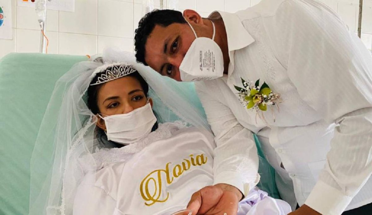 La historia de la pareja que se casó en el hospital para cumplir el deseo de la novia antes de morir