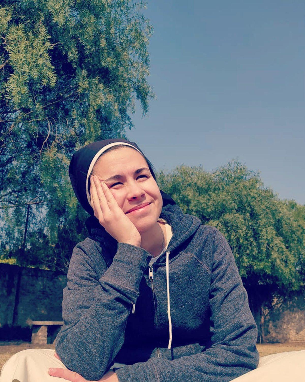 """""""Si la gente está en Tik Tok, ¿por qué no estar ahí con Jesús?"""": el caso de una monja que se vuelve furor en redes"""